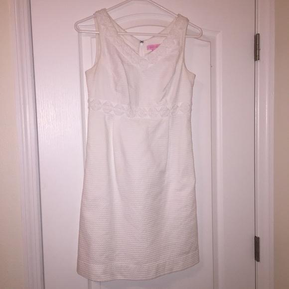 Lilly Pulitzer Dresses & Skirts - Lilly Pulitzer White Eyelet Shift Dress